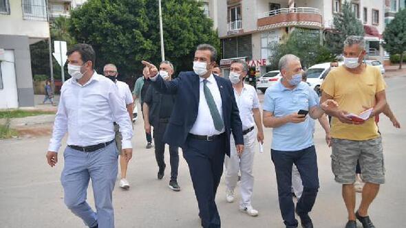 Başkan Soner Çetin yağmur mağduru esnafı ziyaret etti