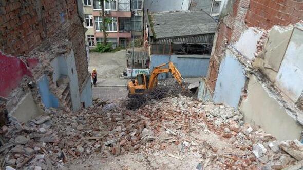 Osmangazide son 6 ayda 42 metruk bina yıkıldı