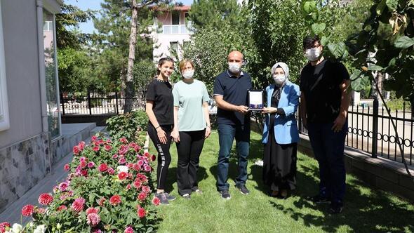 Akyurt'ta bahçeler yarıştı