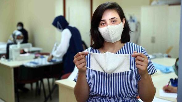 Kadın kursiyerlerden her zevke uygun maske