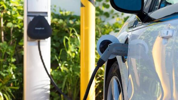 Hibrid ve elektrikli otomobil satışları arttı