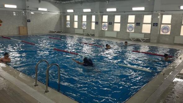 Büyükşehir Belediyesi, havuzlarda hijyen çalışmalarını sürdürüyor