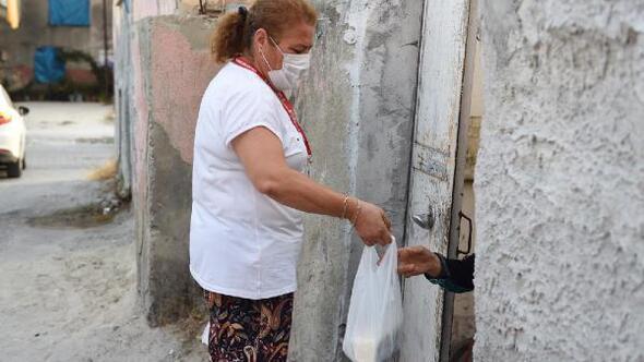 Tarsus Belediyesi'nden vatandaşa ücretsiz tereyağ ve peynir