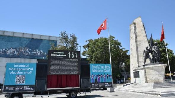Beşiktaş'ta İstanbul Sözleşmesi'ne dikkat çekmek için dijital anıt dikildi