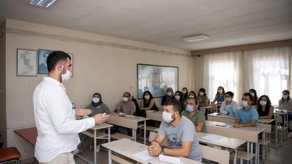 Büyükşehir'den destek alan 124 genç YKSde ilk 50 bine girdi