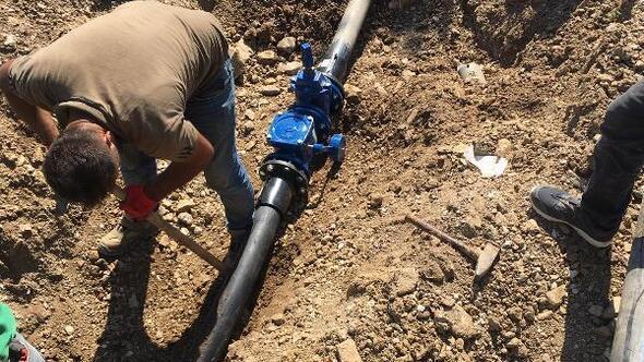 Büyükorhan'ın Ericek ve Geynik mahalleleri içme suyuna kavuştu