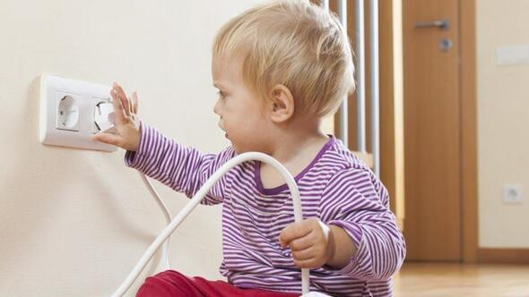 Salgında çocukların ev kazaları arttı