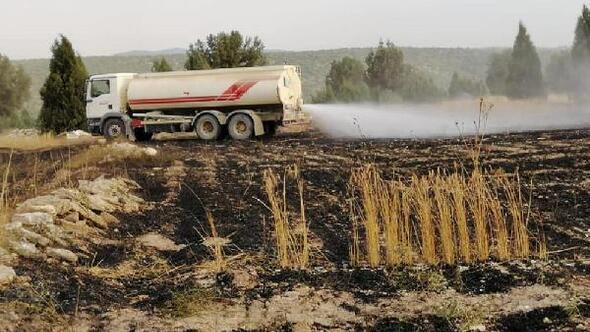 Tavşanlıda 10 hektarlık ekili arazi yandı