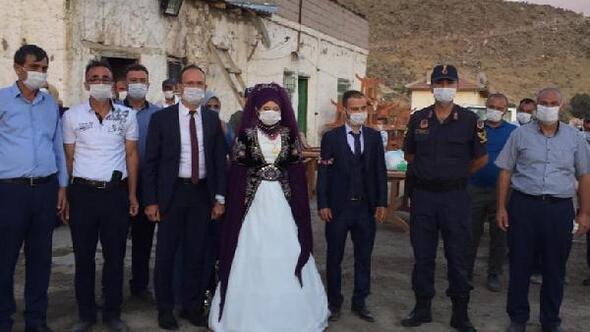 Altunhisar Kaymakamı Akpınar, düğünleri denetledi