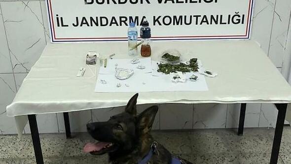 Jandarmadan uyuşturucu operasyonuna 2 tutuklama