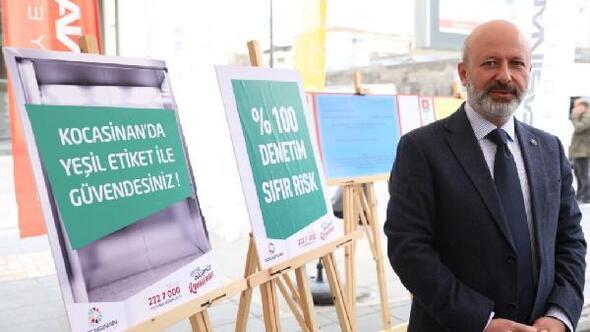 Kocasinan Belediyesi, asansörleri dezenfekte ediyor