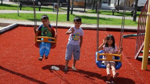 Develi Belediyesinden parklarda yenileme çalışması