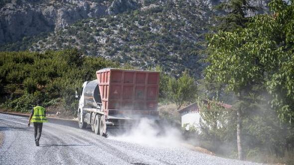Mersinli üreticinin şeftalisi İç Anadolu'ya artık daha hızlı ulaşacak