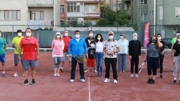 Burdurda tenis turnuvası başladı