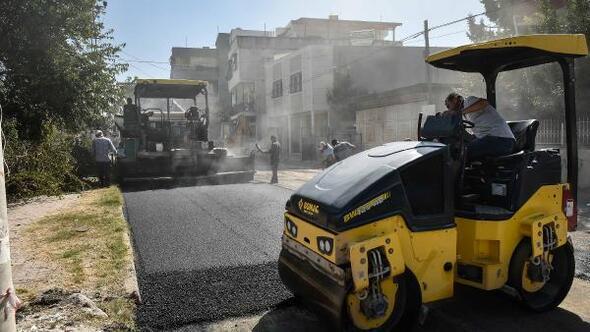 Akkapı ve Çamlıbel Mahalleleri'nde asfalt çalışması