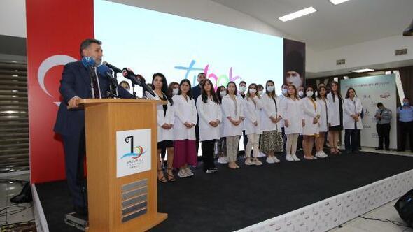 İzmirli 20 öğretmen TVden ders anlatacak