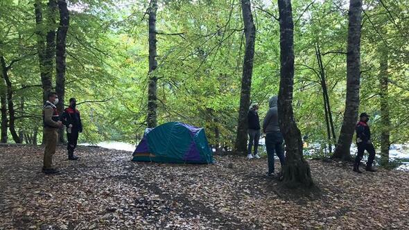 Temaslı iki kişi kampta yakalandı