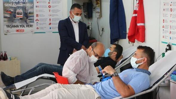 Silopidek sağlık çalışanlarından kan bağışı