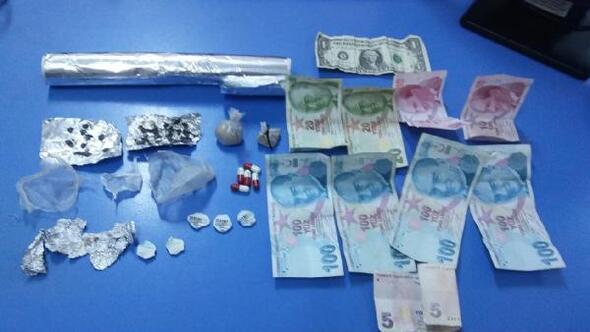 Dinarda uyuşturucu operasyonuna 2 tutuklama