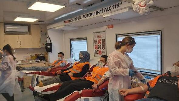 Tokatta KADEMden Kızılaya kan bağışı