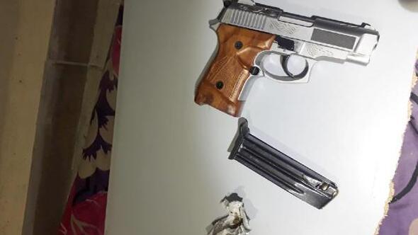 Eskişehir'deki polis denetimlerinde 8 şüpheli yakalandı