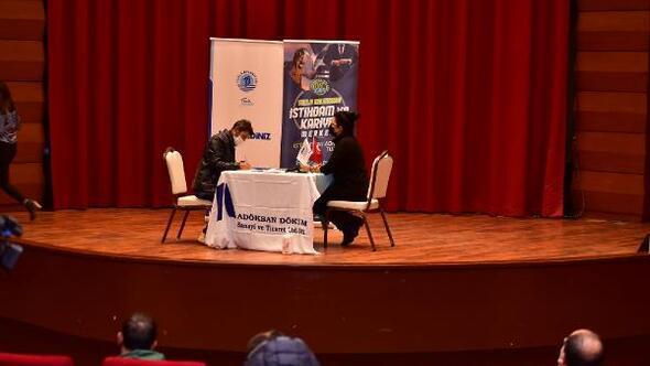 Tuzla Belediyesi Kariyer Merkezi iş arayanlara umut oluyor