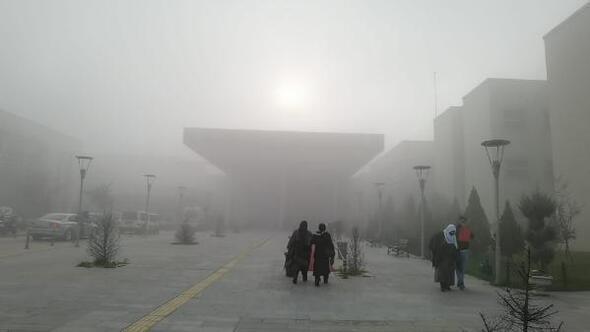 İnegölde yoğun sis etkili oldu