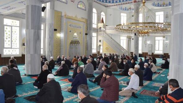 Serik Merkez Camii ibadete açıldı