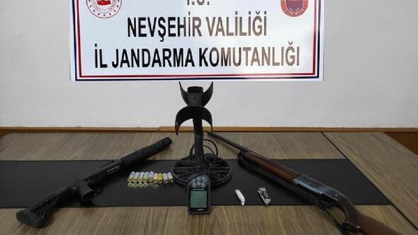 Nevşehirde kaçak kazıya suçüstü: 8 gözaltı