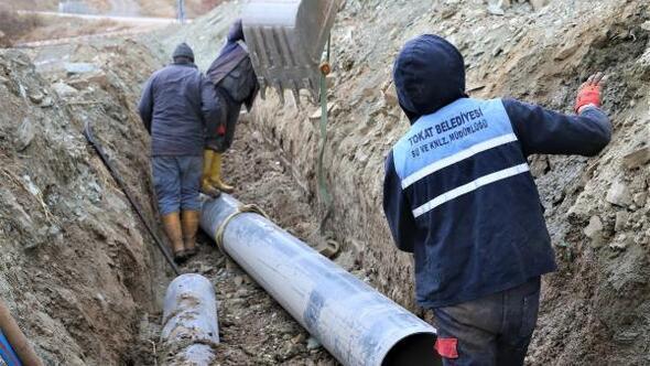 Topçam Mahallesinde içme suyu hattı yenileniyor