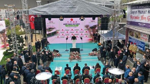 Cumhurbaşkanı Erdoğanın telekonferans katılımıyla Kağıthane Merkez Meydanı açıldı