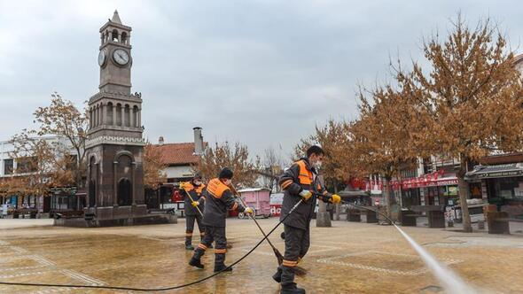 Hamamönü'nde yoğun temizlik
