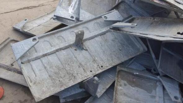 Edirnede çöp konteynerleri ve kapaklarını çalanlar hakkında suç duyurusu