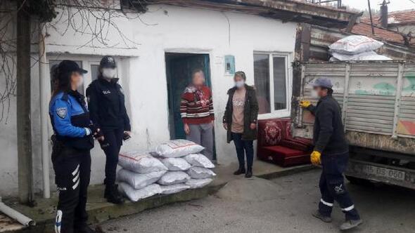 Toplum destekli polislerden kömür yardımı