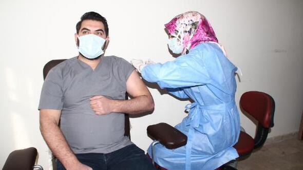 Yunakta aşı çalışması başladı