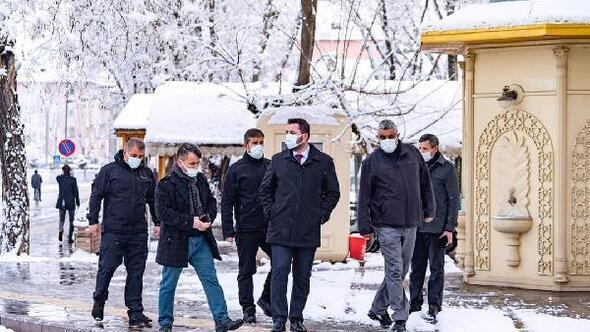 Turhalda karla mücadele çalışması