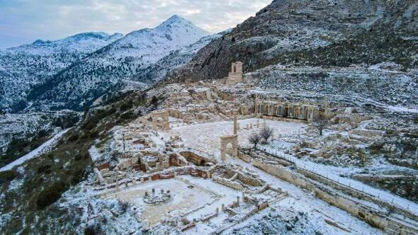 Kar altındaki Sagalassos hayran bıraktı