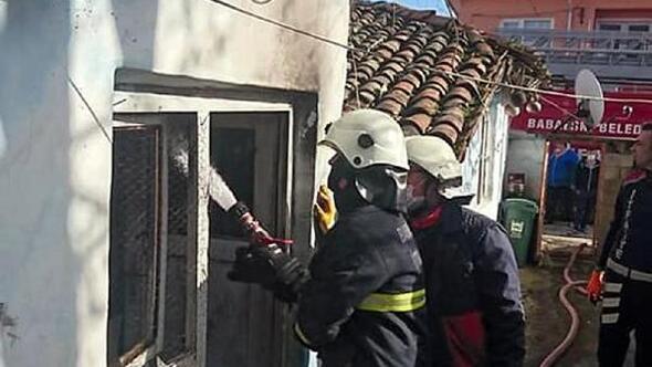 Babaeskide yangın çıkan evde hasar meydana geldi