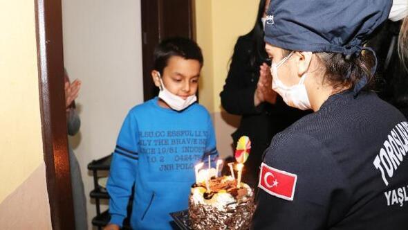 Başkan Yılmazdan, kanser hastası Berkaya sürpriz doğum günü hediyesi