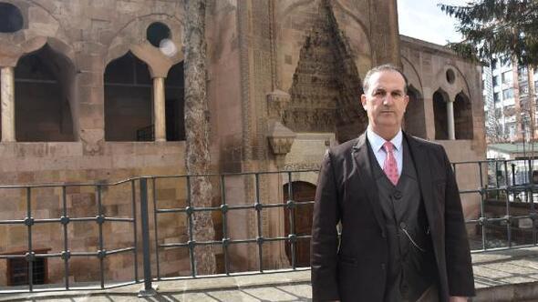 2'nci Dünya Savaşında İstanbuldaki kutsal emanetler Niğdede muhafaza altına alındı