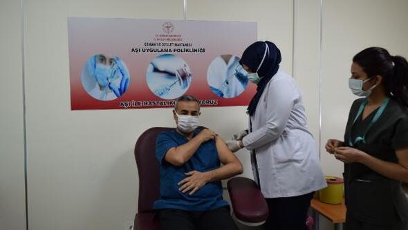 Osmaniye'de ikinci doz koronavirüs aşılaması başladı