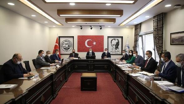 Başkan Büyükkılıç Talasta yatırım toplantısı gerçekleştirdi