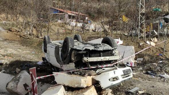 Takla atan otomobil ikiye bölündü: 2 yaralı