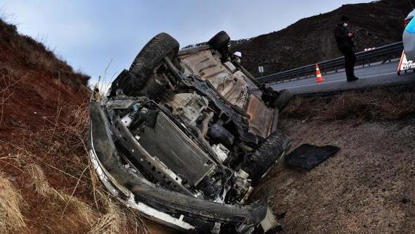 Şarampole devrilen hafif ticari aracın sürücüsü yaralandı