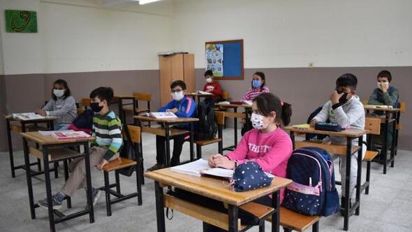 Köy okullarında eğitim başladı