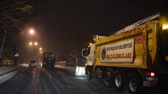 Kayseride kardan kapanan 218 mahalle yolu ulaşıma açıldı