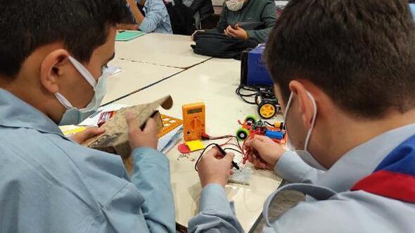 Pandemi döneminde robotik kodlama kursu