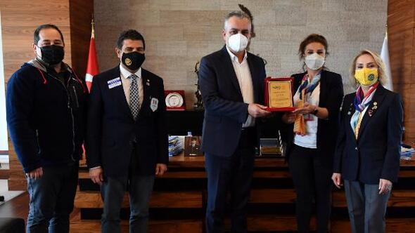 Başkan Semih Esene, Meslek Başarı Ödülü