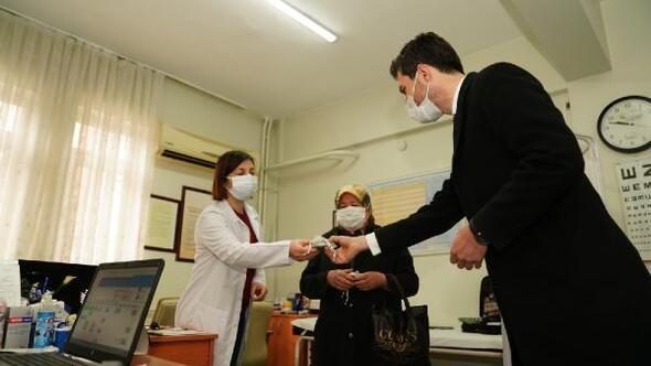 Başkan Karagölden, kadın sağlık çalışanlarına 8 Mart ziyareti