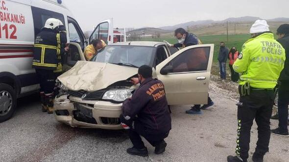 Sandıklıda kaza: 5 yaralı
